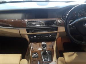BMW 528i automatic - Image 2