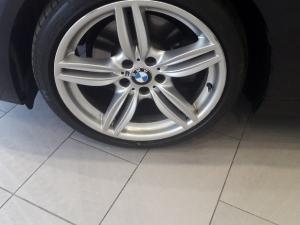 BMW 528i automatic - Image 4