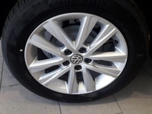 Volkswagen Polo Vivo 1.4 Comfortline - Image 5