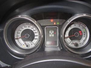 Mitsubishi Pajero 3.2 Di - Dc GLS automatic - Image 13