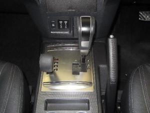 Mitsubishi Pajero 3.2 Di - Dc GLS automatic - Image 16