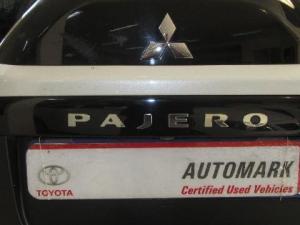 Mitsubishi Pajero 3.2 Di - Dc GLS automatic - Image 6