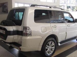 Mitsubishi Pajero 3.2 Di - Dc GLS automatic - Image 8