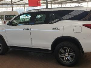 Toyota Fortuner 2.8GD-6 Raised Body automatic - Image 5