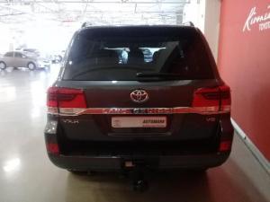 Toyota Land Cruiser 200 V8 4.5D VX-R automatic - Image 8