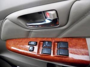 Toyota Fortuner 3.0D-4D auto - Image 5