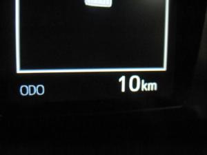 Toyota Hilux 2.8 GD-6 Raider 4X4S/C - Image 14