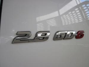Toyota Hilux 2.8 GD-6 Raider 4X4S/C - Image 4