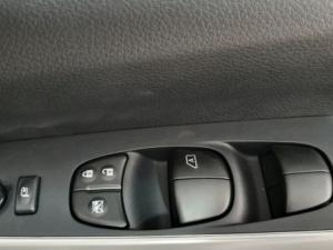 Nissan Navara 2.3D Stealth 4X4 automaticD/C - Image 15