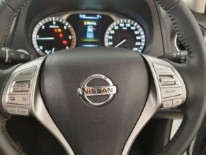 Nissan Navara 2.3D Stealth 4X4 automaticD/C - Image 17