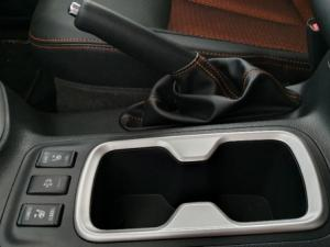 Nissan Navara 2.3D Stealth 4X4 automaticD/C - Image 23