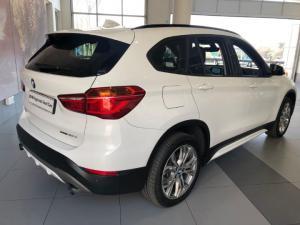 BMW X1 sDRIVE20d Sport Line automatic - Image 2