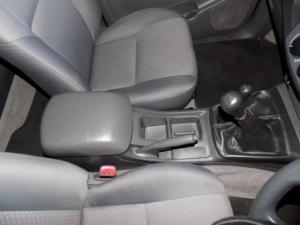 Toyota Hilux 2.5D-4D SRX 4X4D/C - Image 14