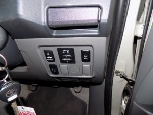 Toyota Hilux 2.5D-4D SRX 4X4D/C - Image 15