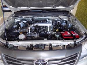 Toyota Hilux 2.5D-4D SRX 4X4D/C - Image 16