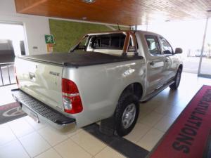 Toyota Hilux 2.5D-4D SRX 4X4D/C - Image 8
