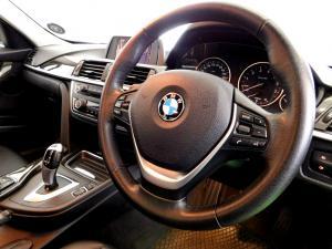 BMW 320i Luxury Line automatic - Image 16