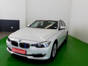BMW 320i Luxury Line automatic - Image 3