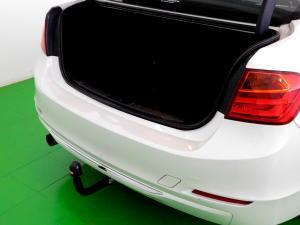 BMW 320i Luxury Line automatic - Image 8