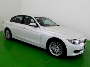 BMW 320i Luxury Line automatic - Image 9