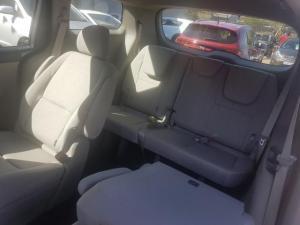 Kia Grand Sedona 2.2 CrdiEX automatic - Image 11