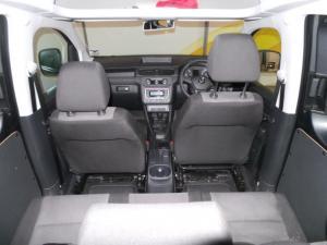 Volkswagen CADDY4 Crewbus 2.0 TDi - Image 18