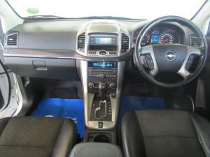 Chevrolet Captiva 2.4 LT automatic - Image 9