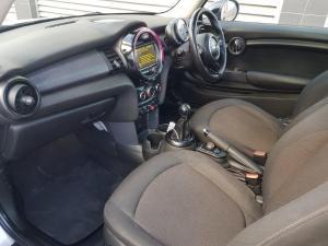 MINI Cooper 5-Door - Image 7