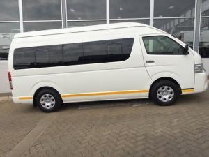 Toyota Quantum 2.7 GL 14-seater bus - Image 4