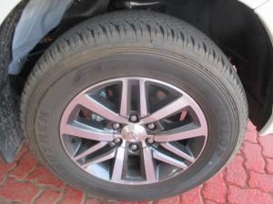 Toyota Hilux 2.8GD-6 Xtra cab Raider auto - Image 8