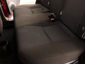 Toyota Yaris 5-door XS HSD - Image 16