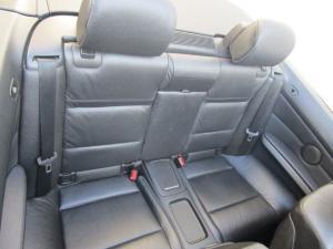 BMW 330i Convert automatic - Image 17