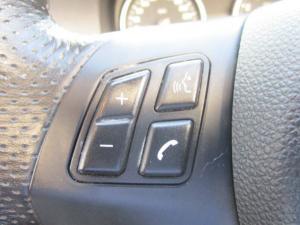 BMW 330i Convert automatic - Image 6