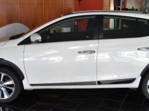 Toyota Yaris 1.5 Cross 5-Door - Image 3
