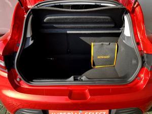 Renault Clio IV 1.2T Expression EDC 5-Door - Image 13