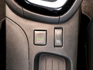 Renault Clio IV 1.2T Expression EDC 5-Door - Image 24