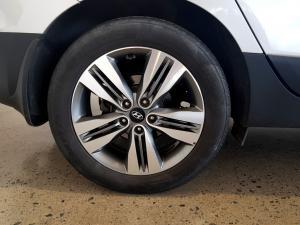 Hyundai iX35 2.0 Crdi Elite AWD automatic - Image 25