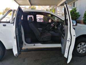 Ford Ranger 3.2TDCi SuperCab 4x4 XLS - Image 6