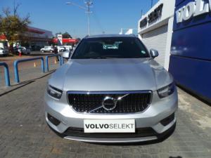 Volvo XC40 D4 AWD Momentum - Image 2