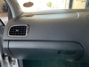 Volkswagen Cross Polo 1.6TDI Comfortline - Image 11