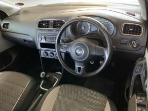 Volkswagen Cross Polo 1.6TDI Comfortline - Image 4