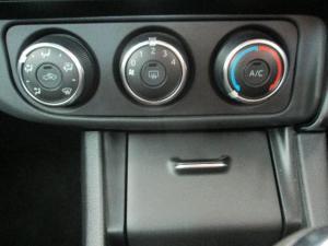 Toyota Corolla 1.6 Prestige - Image 16