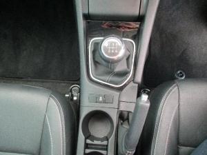 Toyota Corolla 1.6 Prestige - Image 24