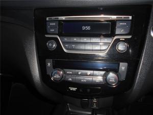 Nissan X-Trail 1.6dCi 4x4 LE - Image 10