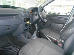 Nissan NP200 1.6i - Image 6