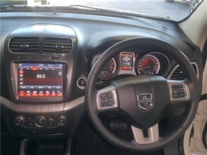 Dodge Journey Crossroad 3.6 - Image 10