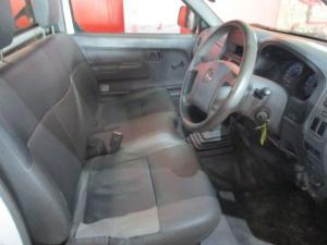 Nissan Hardbody NP300 2.0i SWB P/S - Image 4