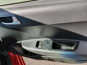 Hyundai Grand i10 1.0 Motion auto - Image 8