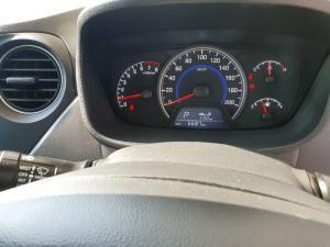 Hyundai Grand i10 1.0 Motion auto - Image 9