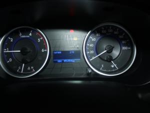 Toyota Hilux 2.4 GD-6 SRX 4X4D/C - Image 10